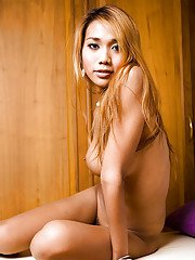 Ladyboy Moo Butthole Pleasures