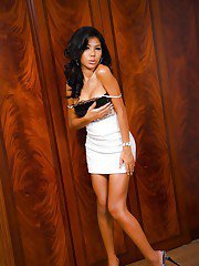 Solo Asian shemale Odette has a nice gaping anus and pretty panties