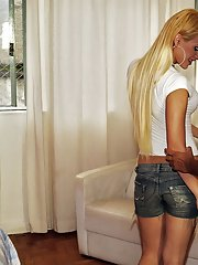 Blonde shemale Evelin Rangel getting bum fucked after giving head