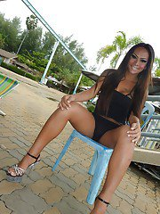 Ladyboy May Pattaya Water Park