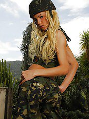 Tranny Dany De Castro makes a hot striptease in an army uniform