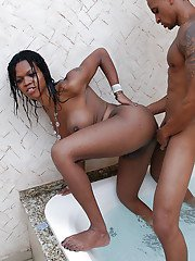 Ebony tranny Kelly Clark blowing and riding mans cock for cumeating