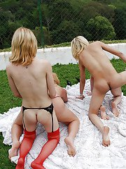 Outdoor shemale groupsex with blondes Alessandra Leite and Gisele Lemos