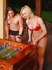 Tranny on tranny swinging sex games with Brunna Lealli and Marcela Ramos